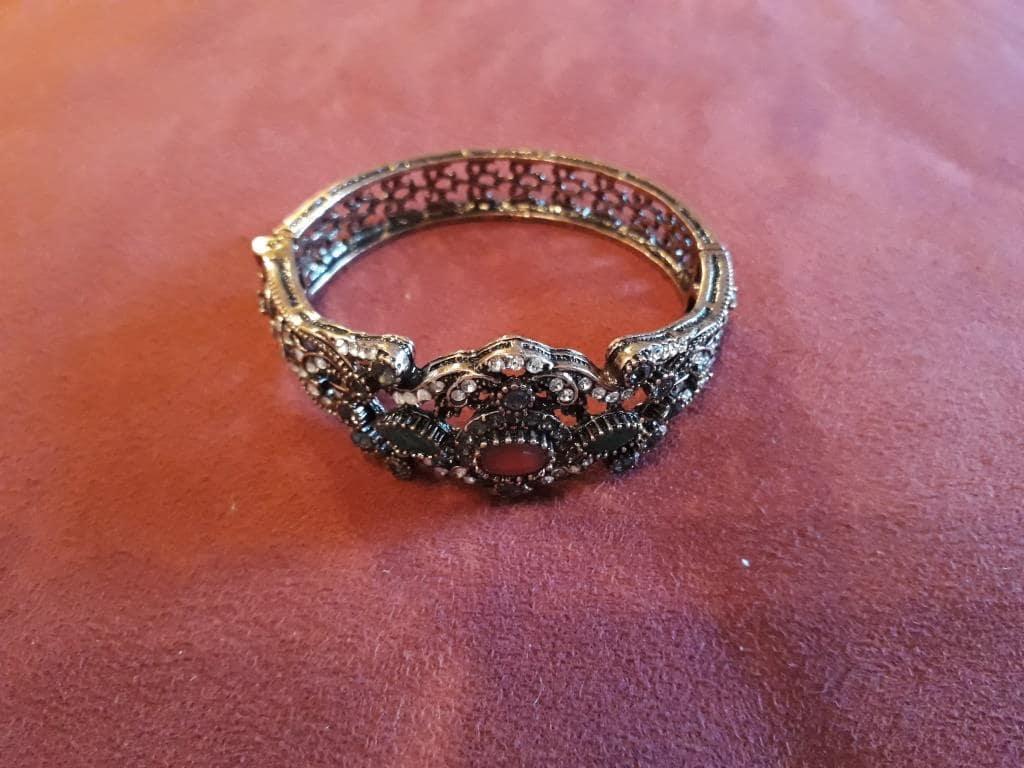 shamanic bracelet rocks
