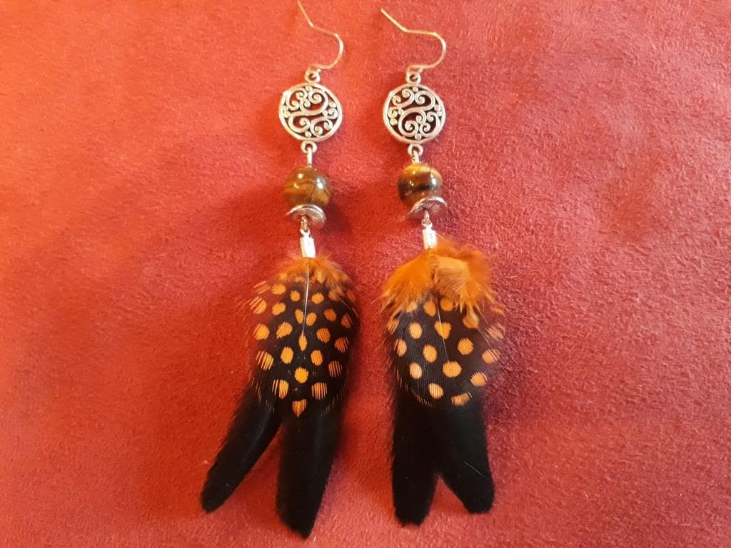 shaman magic earrings yellow black