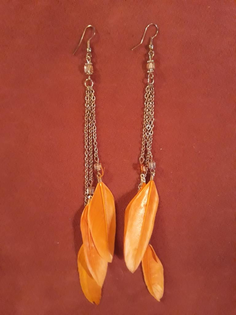magic earrings yellow